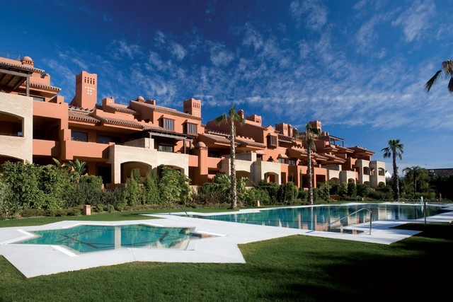 Luxury apartments for sale in guadalmina baja marbella - Luxury homes marbella ...